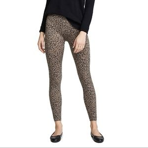 SPANX Look At Me Now Seamless Legging in Leopard